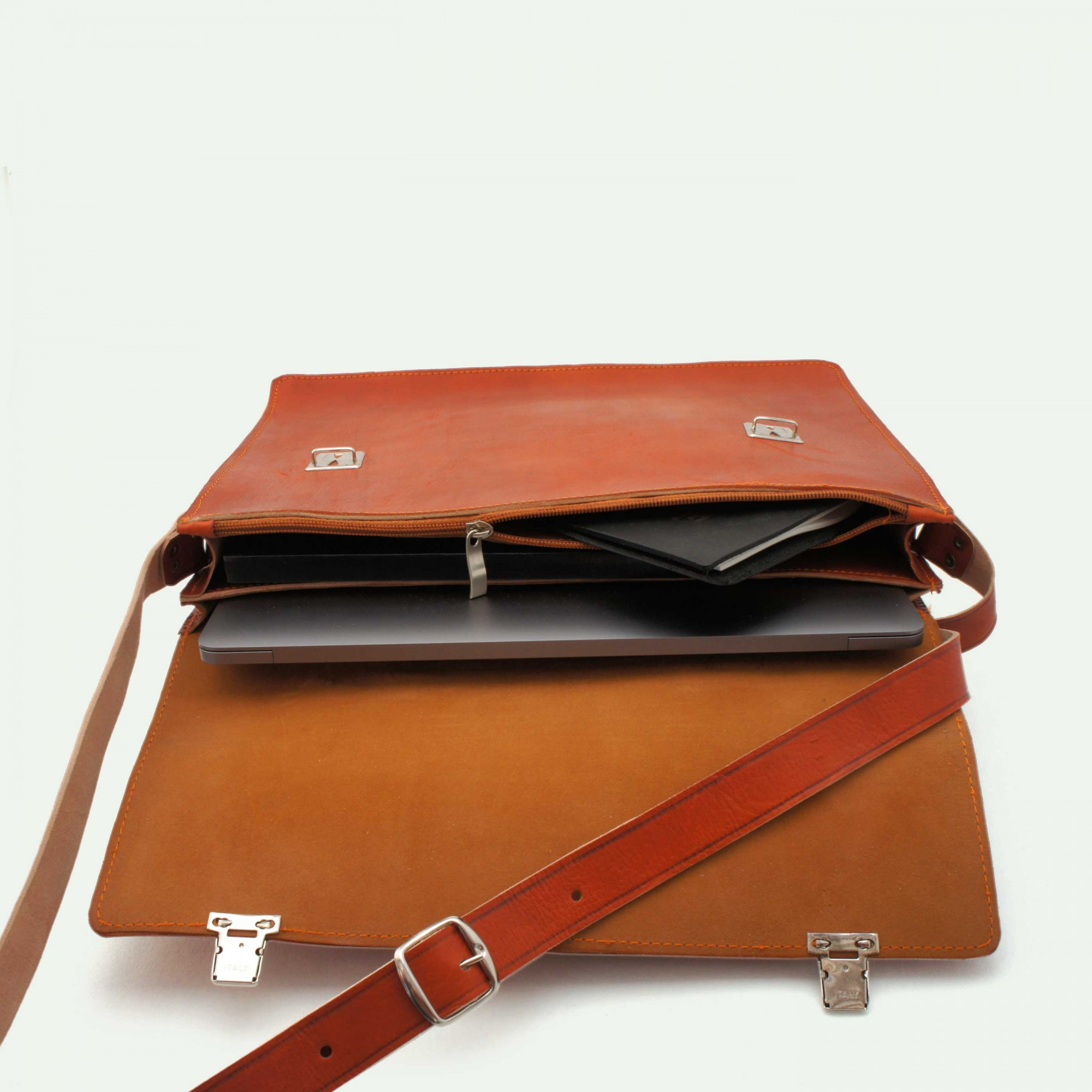 c05b084f062 Farfar: Laptop briefcase 13inch